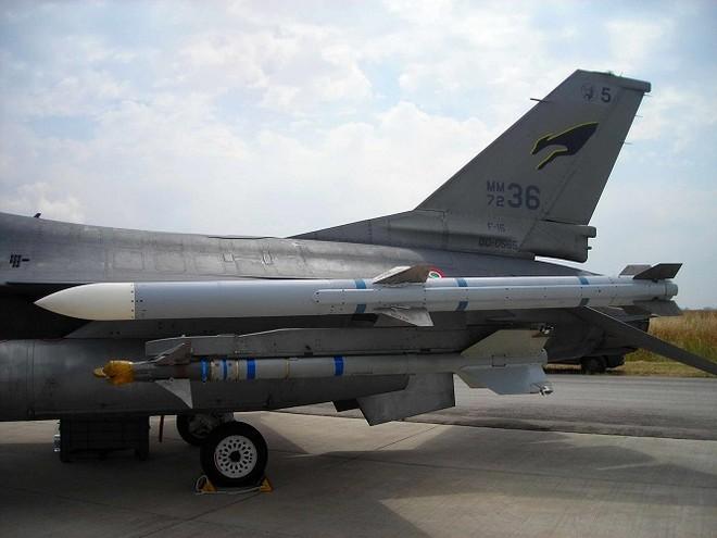 """Hé lộ tên lửa không đối không mới của Mỹ thay thế """"sát thủ"""" AIM-120 ảnh 2"""