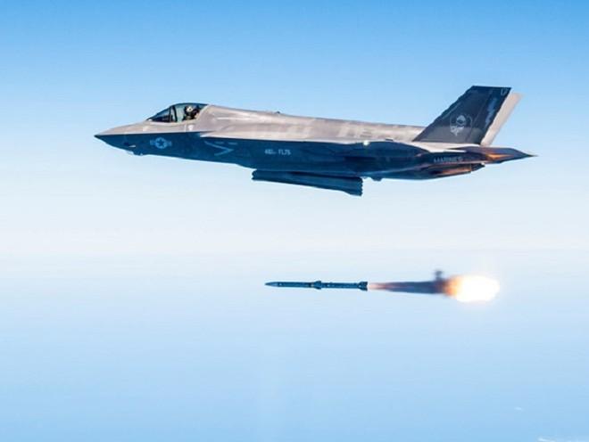 """Hé lộ tên lửa không đối không mới của Mỹ thay thế """"sát thủ"""" AIM-120 ảnh 3"""