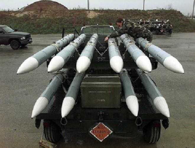 """Hé lộ tên lửa không đối không mới của Mỹ thay thế """"sát thủ"""" AIM-120 ảnh 4"""