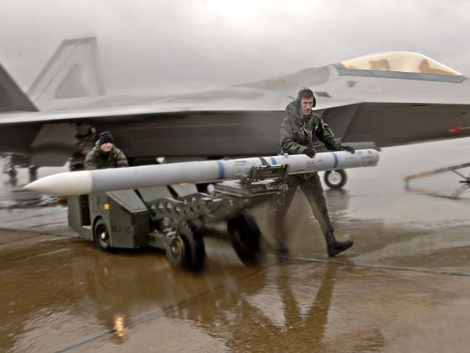 """Hé lộ tên lửa không đối không mới của Mỹ thay thế """"sát thủ"""" AIM-120 ảnh 8"""