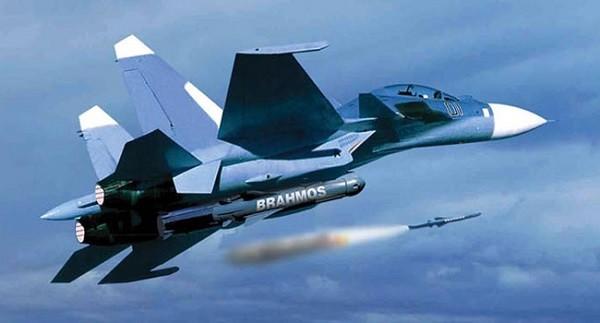 BrahMos tăng cường sức mạnh cho Su-30MKI của không quân Ấn Độ