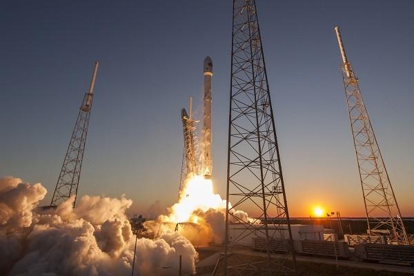 Zuma là vệ tinh thứ 3 của chính phủ Mỹ được SpaceX đưa lên quỹ đạo thấp của Trái đất