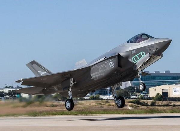 F-35 đang chuyển nhiều dữ liệu về cho nhà sản xuất