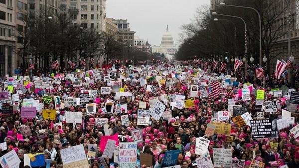 Hàng trăm nghìn người xuống đường biểu tình chống Tổng thống Trump