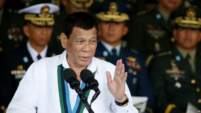 Tổng thống Duterte không đưa ra lí do cụ thể về quyết định của mình