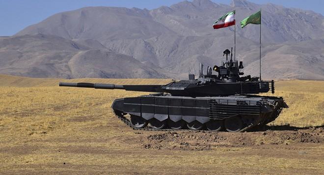 Xe tăng Karrar của Iran được cho là bản sao của T-90 do Nga sản xuất