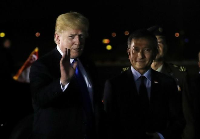 Tổng thống Trump có mặt tại Singpore sau ông Kim Jong-un ít giờ