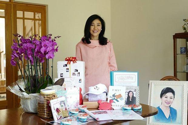 Hình ảnh bà Yingluck trong ngày sinh nhật 21-6