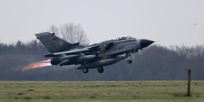 Không có nhiều máy bay trong không quân Đức có thể sử dụng cho huấn luyện và chiến đấu