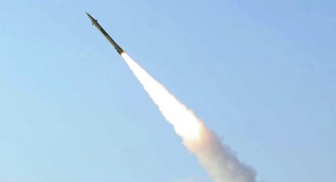 Đây là lần đầu tiên Iran phóng thử tên lửa đạn đạo trong năm 2018