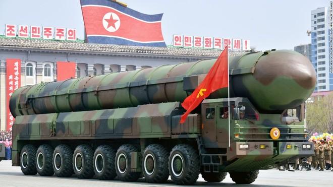 ICBM luôn là loại vũ khí được chú ý hàng đầu trong những lần duyệt binh trước ở Triều Tiên