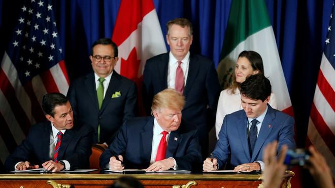 USMCA được kí kết sau biện pháp đánh thuế của Tổng thống Trump với Canada và Mexico