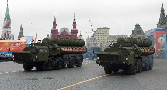 Doanh số bán vũ khí của Nga tăng mạnh từ năm 2011