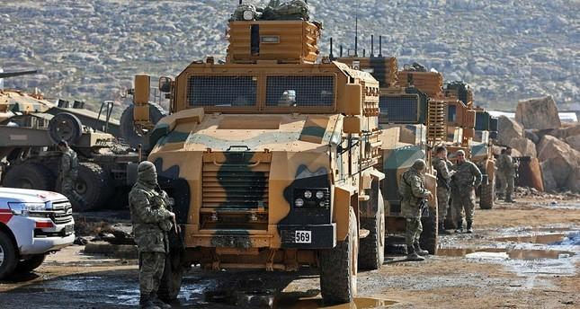Quân đội Thổ Nhĩ Kỳ bất ngờ tập hợp tại biên giới với Syria