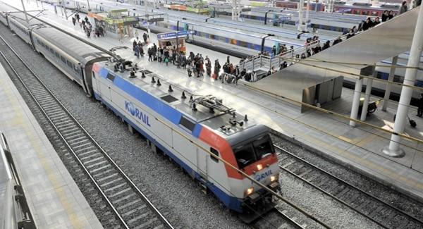 Triều Tiên - Hàn Quốc gặp khó trong xây dựng đường sắt, đường bộ nối liền 2 nước