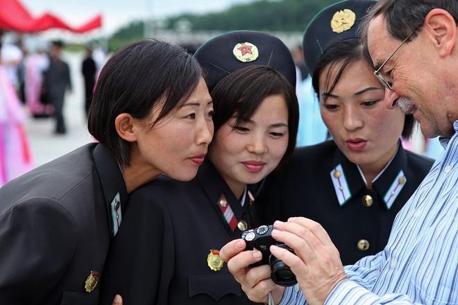 Hàn Quốc bị ngăn cản viện trợ cho Triều Tiên do các lệnh trừng phạt quốc tế