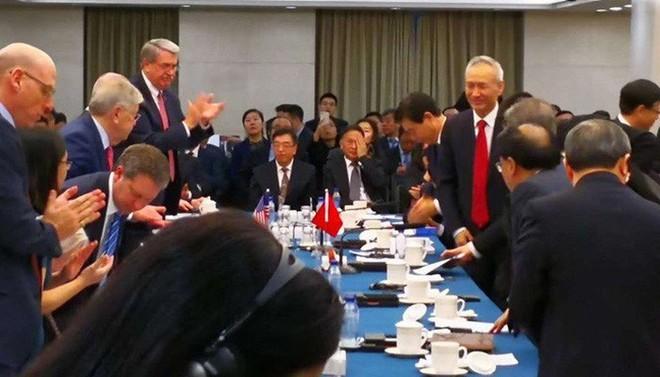 Trung Quốc và Mỹ đã khởi đầu đàm phán thương mại tích cực