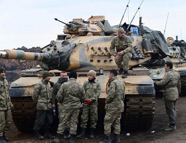 Quân đội Thổ Nhĩ Kỳ đang tập trung tại biên giới Syria