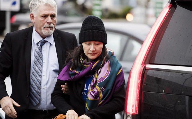 Hình ảnh mới nhất của bà Mạnh khi được tại ngoại ở Canada chờ xét xử