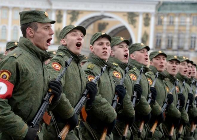 Binh lính quân đội Nga sẽ phải sử dụng mạng với nhiều điều kiện hạn chế về mặt chia sẻ thông tin