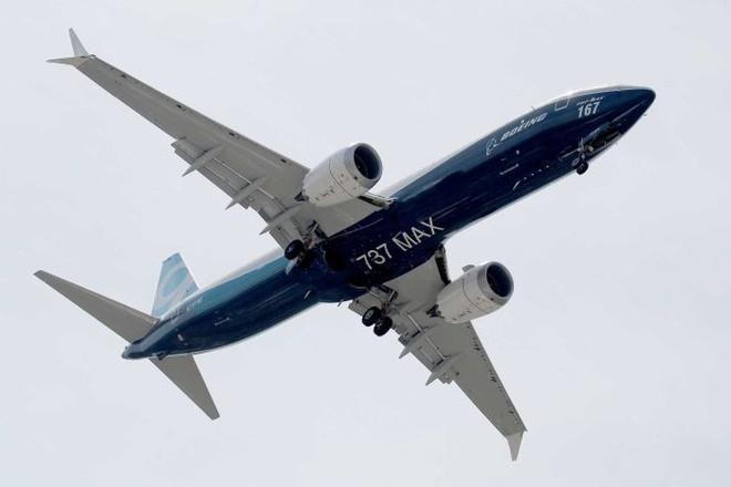 Máy bay Boeing 737 MAX bị ngừng bay hàng loạt