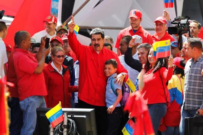 Venezuela liên tiếp tiếp nhận hàng viện trợ nhân đạo từ Nga