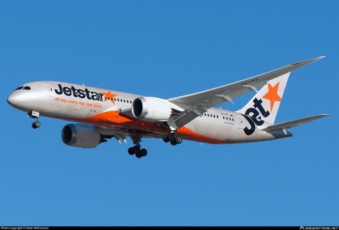 Boeng 787 lần lượt bị phát hiện vấn đề với động cơ ở Singapore và Nhật Bản