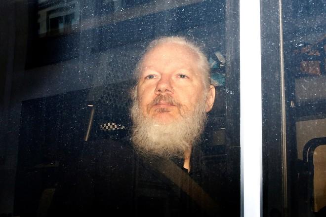 Nhà sáng lập Wikileaks đối mặt nguy cơ bị dẫn độ về Mỹ