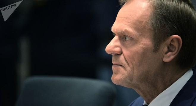 Ông Donald Tusk không chấp nhận việc đưa Nga quay trở lại G7