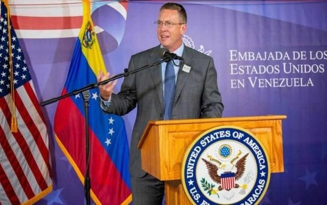 Đại diện ngoại giao Mỹ ở Venezuela James Story nhấn mạnh mục đích của Washington ở Venezuela