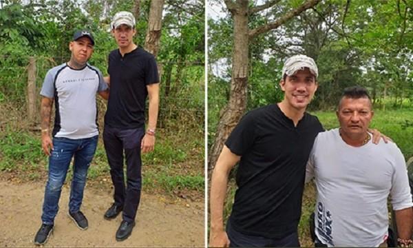 Ông Guaido chụp ảnh chung cùng 2 người được cho là tội phạm buôn ma túy