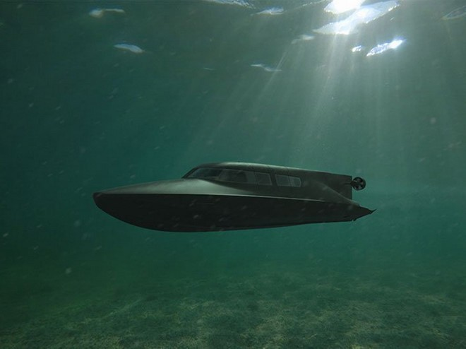 Anh thử nghiệm tàu đa dụng có thể di chuyển cả trên và dưới mặt nước