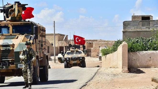 Quân đội Thổ Nhĩ Kỳ và Mỹ đang cùng tuần tra một vùng an toàn ở Syria