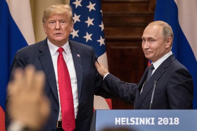 Tổng thốngPutin cho rằng, ông Donald Trump không có lỗi khi không cải thiện được quan hệ Nga - Mỹ