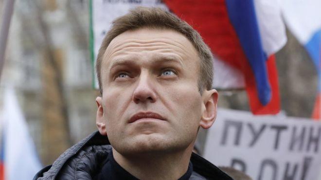 Lãnh đạo đối lập Nga và đồng minh bị tòa án yêu cầu trả 1,4 triệu tiền đền bù