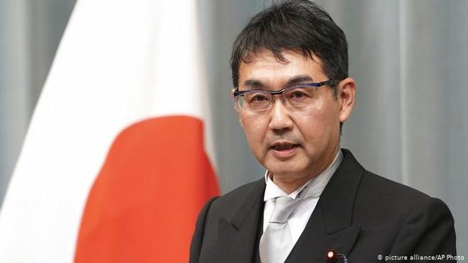 Ông Kawai là bộ trưởng thứ hai của Nhật Bản từ chức trong vòng một tuần
