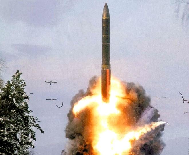 Nga có thể ngừng sử dụng vũ khí hạt nhân làm biện pháp răn đe