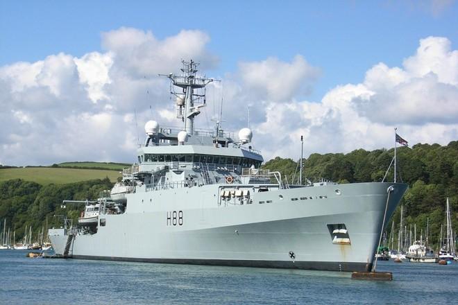 Tàu HMS Enterprise đã đi qua eo biển Đài Loan vào hôm 7-12