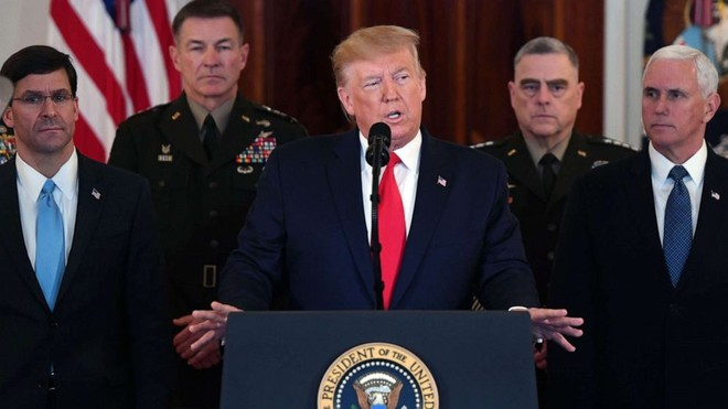 Tổng thống Donald Trump quyết định không đáp trả bằng vũ lực với cuộc tấn công tên lửa của Iran