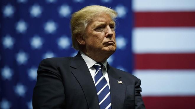 Tổng thống Donald Trump cáo buộc phe Đảng Dân chủ đang làm sai lệch thông tin