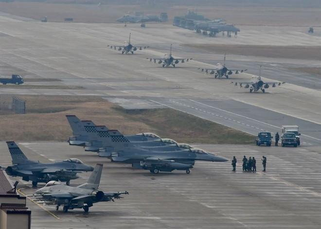 Đang có hàng nghìn người Hàn Quốc làm việc trong các căn cứ quân sự của Mỹ
