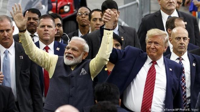 Tổng thống Donald Trump bày tỏ mong muốn được bán nhiều vũ khí cho Ấn Độ
