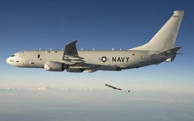 Máy bay Mỹ bị chiếu laser trên khu vực biển quốc tế