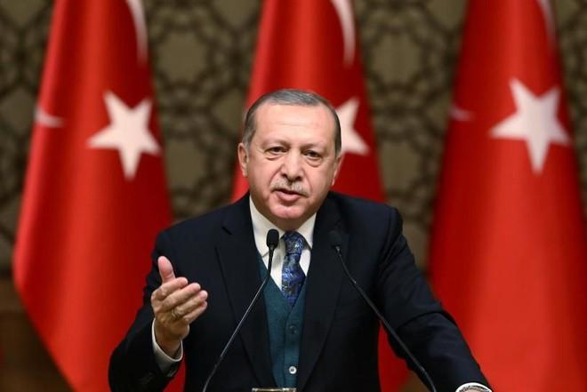 Thổ Nhĩ Kỳ khuyên Hy Lạp nên chia sẻ gánh nặng người nhập cư với các nước châu Âu