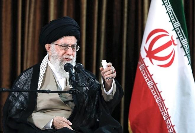 Ông Khamenei không cần sự giúp đỡ của Mỹ trong dịch Covid-19