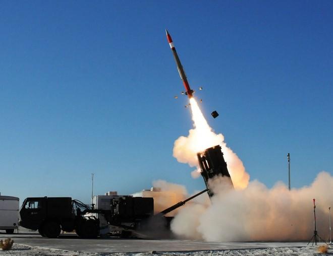 Trung Quốc trừng phạt công ty sản xuất vũ khí Lockheed Martin của Mỹ (Ảnh minh hoạ)