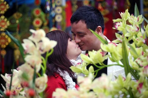 Rộn ràng sắc đào, chợ hoa Hàng Lược ảnh 8