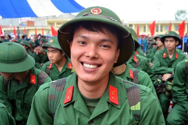 Bí thư Thành uỷ Phạm Quang Nghị động viên tân binh lên đường nhập ngũ ảnh 6