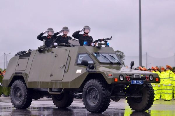 Phương tiện, khí tài hiện đại tham gia bảo vệ IPU 132 ảnh 5