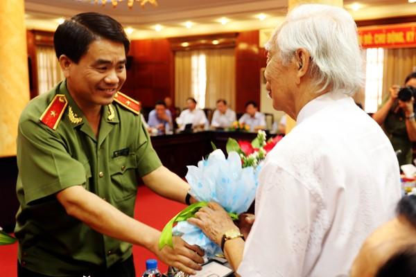 Chân tình buổi gặp mặt thân mật giữa CATP Hà Nội với lãnh đạo các cơ quan báo chí ảnh 1